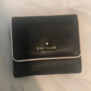 Kate Spade Wallet in excellent condition